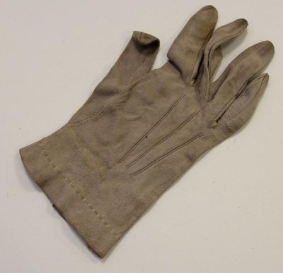 Ladies Gloves; 00.0033