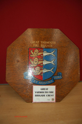 Appliance brigade crest - Great Yarmouth Fire Brigade; NFMBDM2013.86
