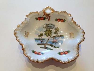 Plate, Decorative; mid- late 20th c.; 2013.1.662