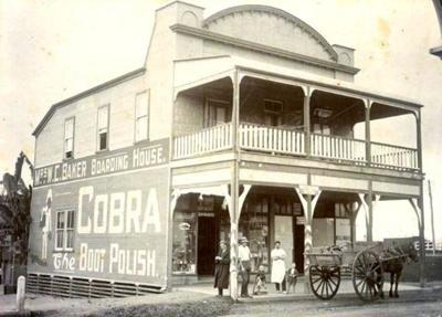 Photograph; Unknown; Circa 1900; MS000243