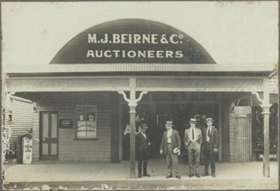 Photograph; Unknown; Circa 1910s; M6-16