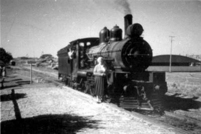 Photograph; Circa 1905; pp280