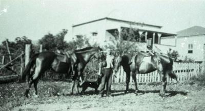 Photograph; Unknown; 1925; UM-11