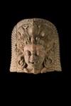 Veistos, suuri naamion tapaan veistetty pää / Skulptur, stort huvud utfört son en mask / Sculpture, large head made as a mask; AD 1500; DAM6701
