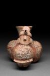 Kolmikammioinen ihmishahmoinen astia / Figurkärl av trekroppsform / Triple-bodied effigy vessel; AD 1 - 800; DAM7700