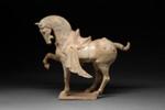 Hautaveistos, seisova hevonen / Gravfigurin, stående häst / Tomb figurine, standing horse; 618-907 AD; DAM6266