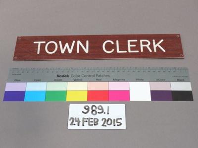 Sign; Unknown; Unknown; 989.1