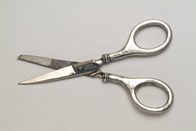 Sewing scissors; 1911; KMBS 0153.2