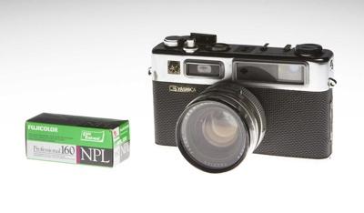 Camera - Yashica Electron 35G - 35mm