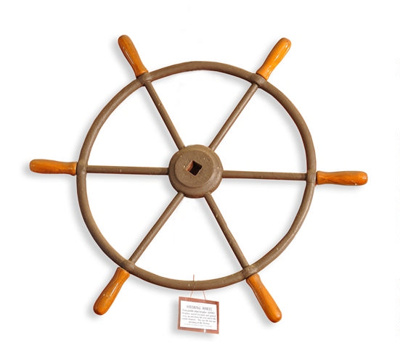 Steering wheel from drogher PS Jumbo (Stone Ferry) ; 1891; 01314