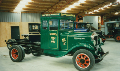 Truck [1930 GMC T19B]; General Motors Company; Bill Richardson Transport World
