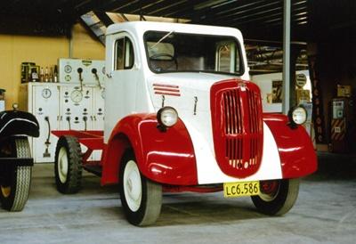 1953 Trojan 15 truck; Trojan Ltd; 1953; 2015.217
