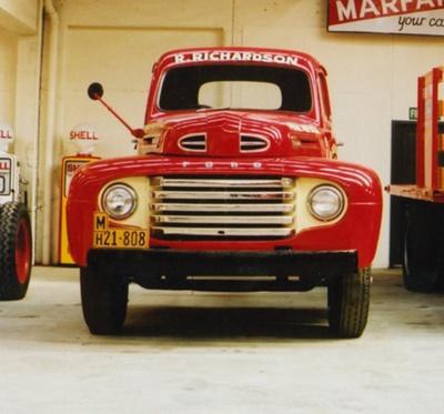 Truck [1949 Ford F155]; Ford Motor Company; 1949; 2015.126, Bill Richardson Transport World