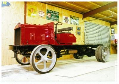 1919 Faegol 3.5-4 Ton truck; Fageol Motors Company; 1919; 2015.301