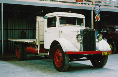 1935 Morris Commercial Leader CS2 13/80 truck; Nuffield Group; 1935; 2015.246