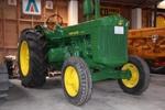 1951 John Deere R tractor ; Deere & Company; 1951; 2015.333