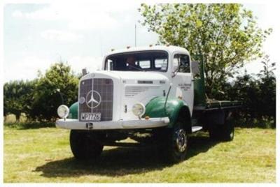 1958 Mercedes Benz L330 truck; Daimler AG; 1958; 2015.330