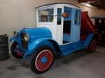 1925 Reo Model F Speed Wagon truck; REO Motor Car Company; 1925; 2015.326