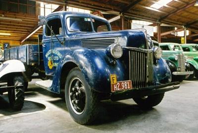 1940 Ford V8-O1TF truck; Ford Motor Company; 1940; 2015.235