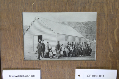 Photograph, Cromwell School, 1870; Unknown maker; 1870; CR1980.091