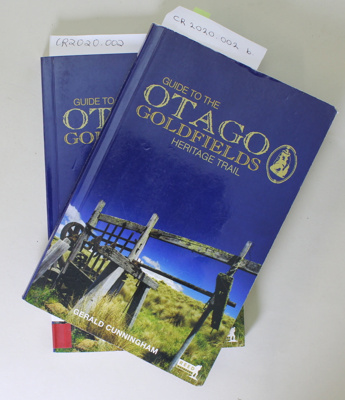 Book, GUIDE TO THE OTAGO GOLDFIELDS HERITAGE TRAIL; Gerald Cunningham; 2004; 0 7900 0972 2; CR2020.002