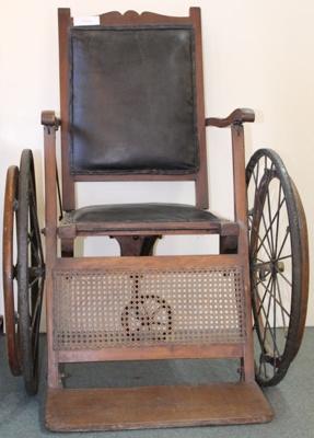 Wheelchair; Unknown maker; Unknown; CR1977.604