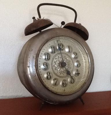 Alarm Clock; M251