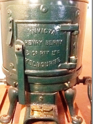 Potato Peeler ; Henry Berry & Co Pty Ltd;  c 1940; FB15-1716