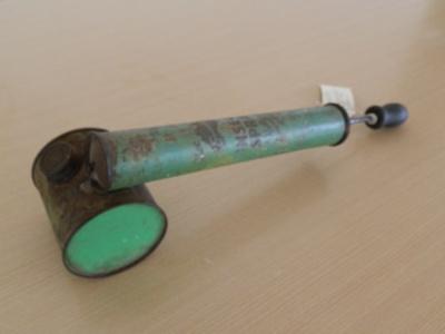 Hand pump  fly spray; Embassy; c 1940; M1724