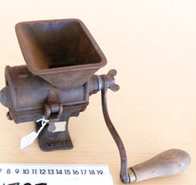 Hand Mincer; Spong & Co.;  c 1900; M499