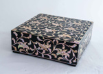 Korean lacquered box; JR00161