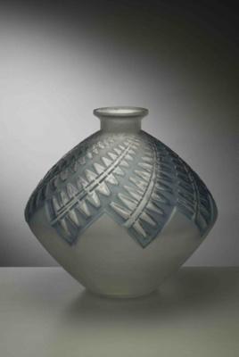 Montargis; Rene Lalique; JR00075