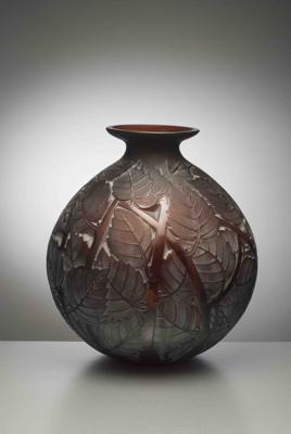 Milan (red/brown); Rene Lalique; JR00078.1