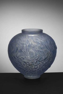 Gui (mistletoe) (grey); Rene Lalique; JR00010.8