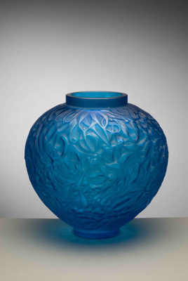 Gui (mistletoe) (electric blue); Rene Lalique; JR00010.5