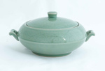Greenware handled bowl with lid; Pangy Kim; JR00113.7