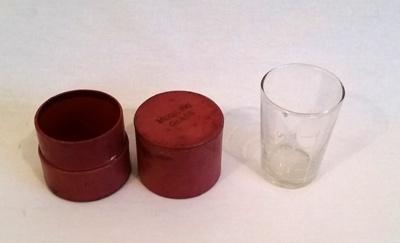 Medicine glass; 1997/76