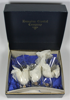 Small glasses; Hampton Crystal Company; LDMRD 0890.3