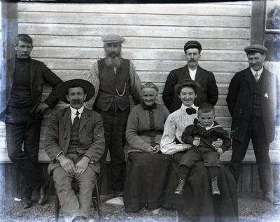Aitken family; Aitken, John; 2017.1.029