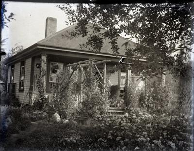 House and garden; Aitken, John; 2017.1.022