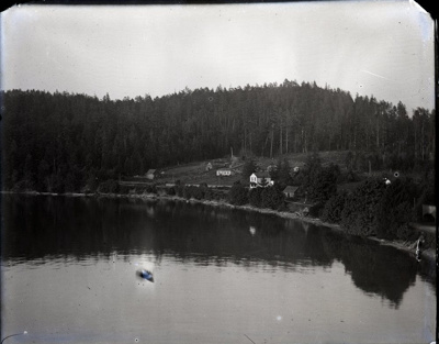 Elevated view of Miners Bay shoreline from wharf area; Aitken, John; 2017.1.042