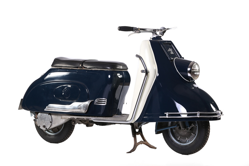 1957 heinkel tourist 175 heinkel flugzeugwerke 1957 cmm160 classic motorcycle mecca on. Black Bedroom Furniture Sets. Home Design Ideas