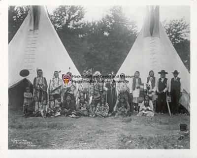 Crow Group; Frank A. Rinehart; 1898; 1.TI.117.11
