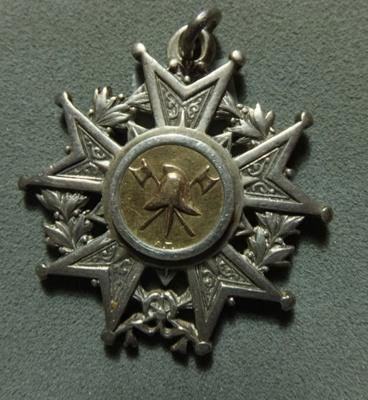 CHS hose & Hydrant medal; 1898; 2014.031