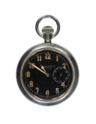 WW1 Aviation watch belonging to Wireless Officer Frederick Stanley Mockford, 141 Squadron; L008.2