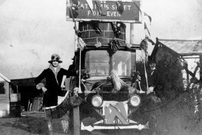 Guy Carnival (1932)
