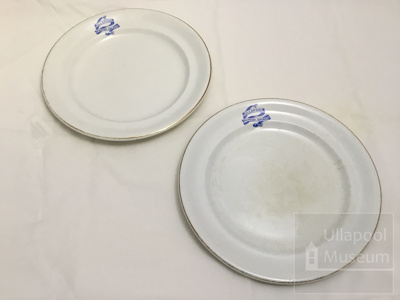 2 Ullapool parish church plates; ULM ACC 1997 194 a and b