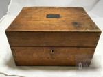 Wooden medicine chest, notebook and various medicine fabrication items; ULM 2004 001 a to h