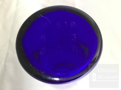 Glass jar/ bottle; ULM 1998 053