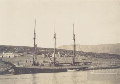 Penola Anchored at Isle Martin - people walking to It; 1930?; ULMPH 2000 0711